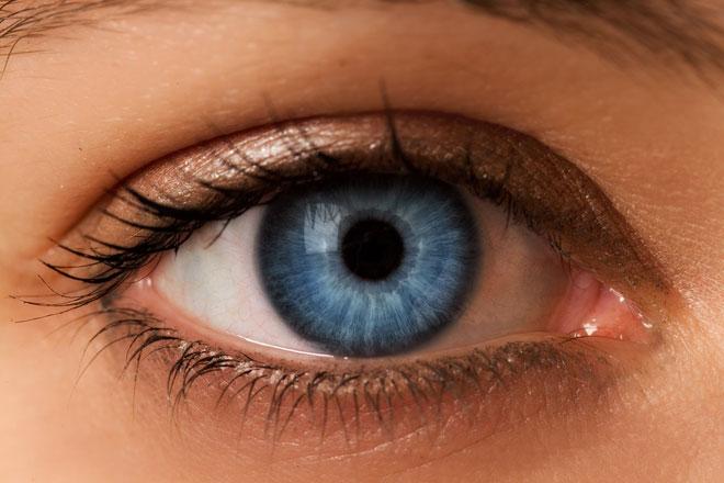 eye-color-blue-z-c-660x440