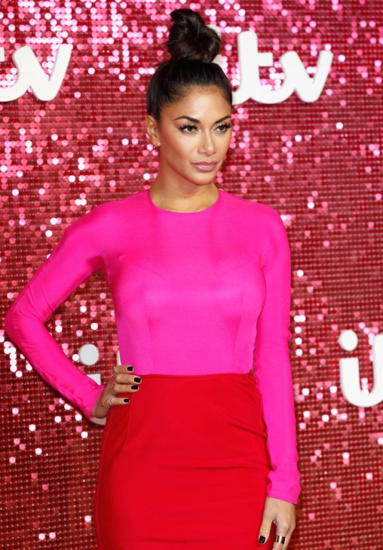 nicole-scherzinger-itv-gala-ball-in-london-11-09-2017-4_thumbnail